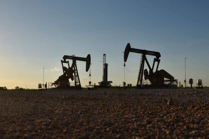 Oil prices rebound, fuelled by hopes for OPEC+ supply cuts