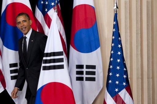 US President Barack Obama arrives to speak on nuclear security at Hankuk University of Foreign Studies in Seoul