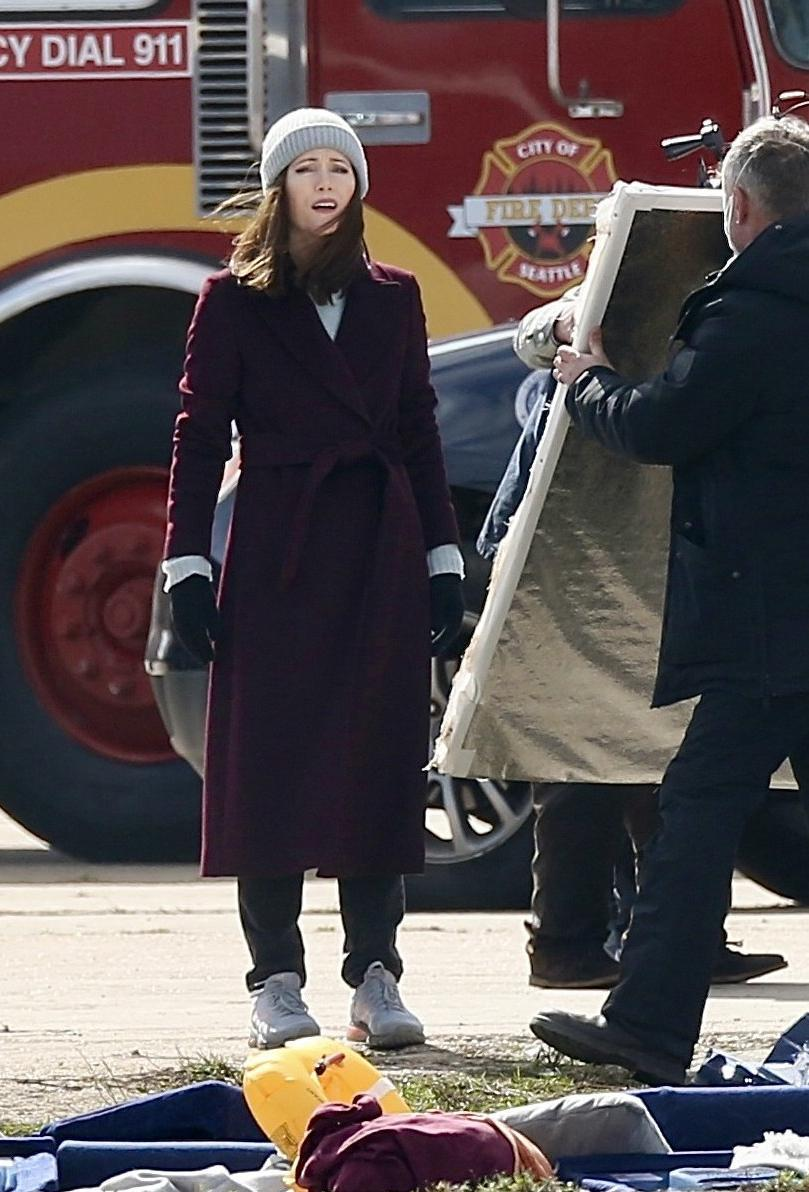 <p>Leslie Mann was spotted filming her new Amazon series <em>The Power</em> in London.</p>