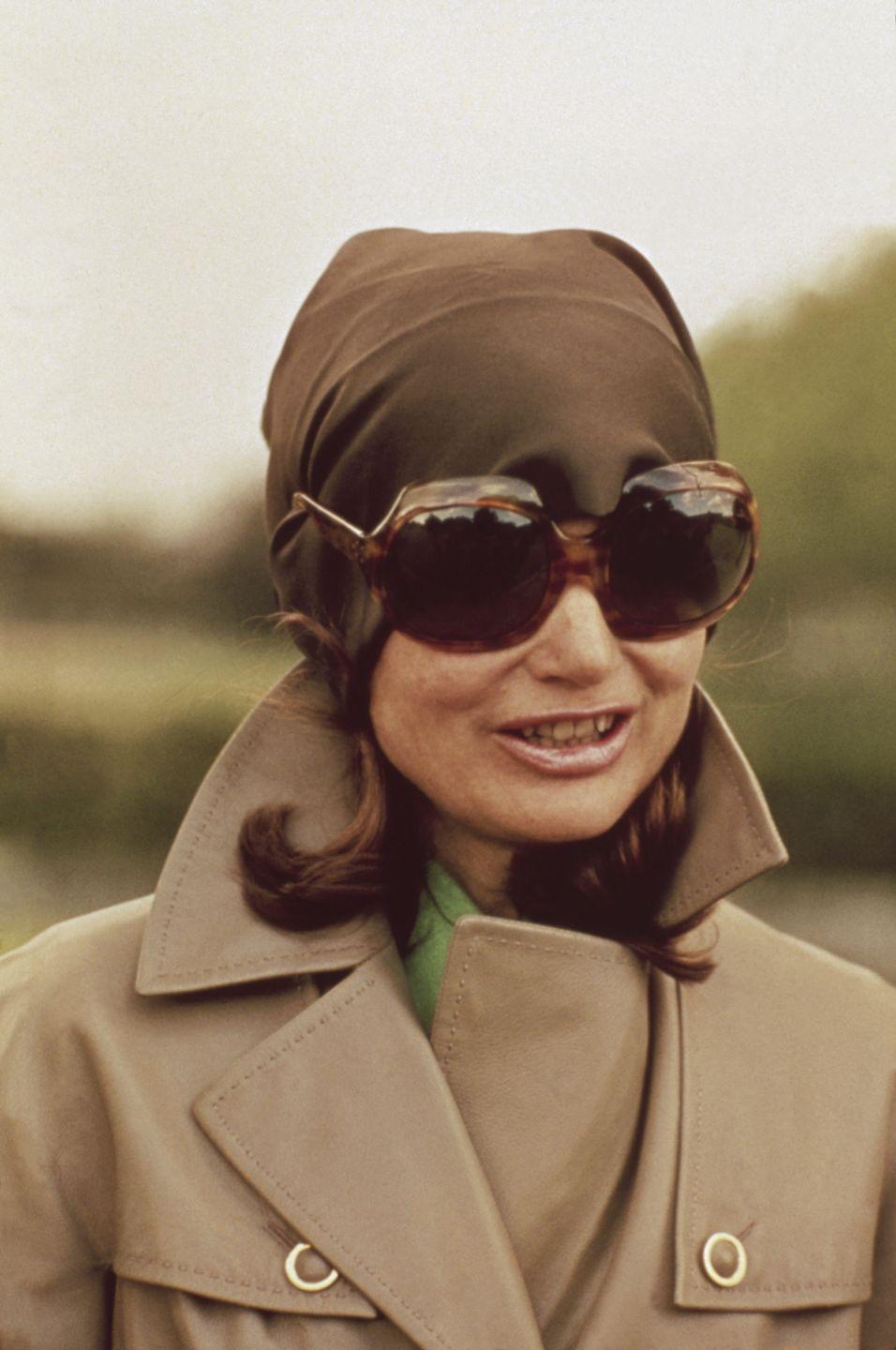 <p>As one of the most recognizable figures in the world, Jackie O attempts to go incognito in large sunglasses and a headscarf. </p>