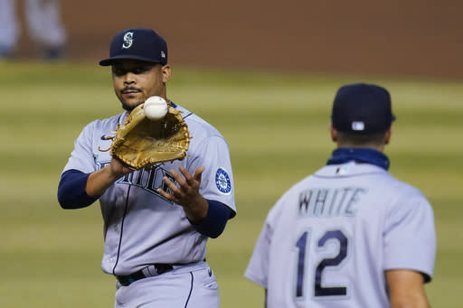 Mariners score early, Sheffield shines in win over D-backs