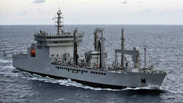 Indian Navy drives away Chinese vessel from its waters. (Source: OneIndia)