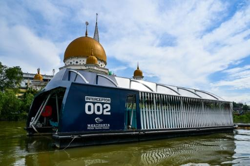 The Interceptor has been deployed on the outskirts of Kuala Lumpur to collect trash in the Klang river