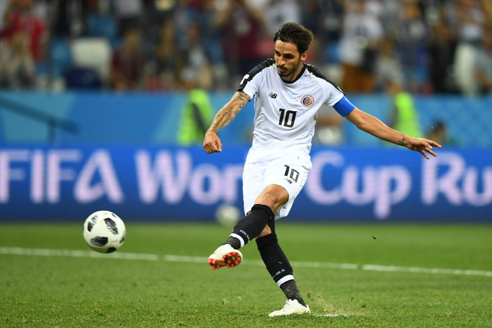 Costa Rica's midfielder Bryan Ruiz kicks a penalty leading to the Swiss goalkeeper scoring an own goal during the Russia 2018 World Cup Group E football match between Switzerland and Costa Rica at the Nizhny Novgorod Stadium in Nizhny Novgorod on June 27, 2018. (Getty Images)