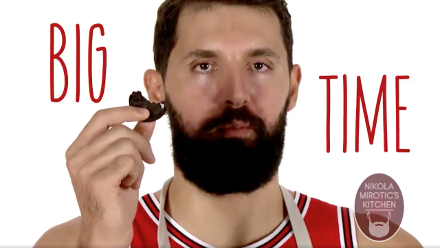 Nikola Mirotic is a big fan of his own work. (Twitter)