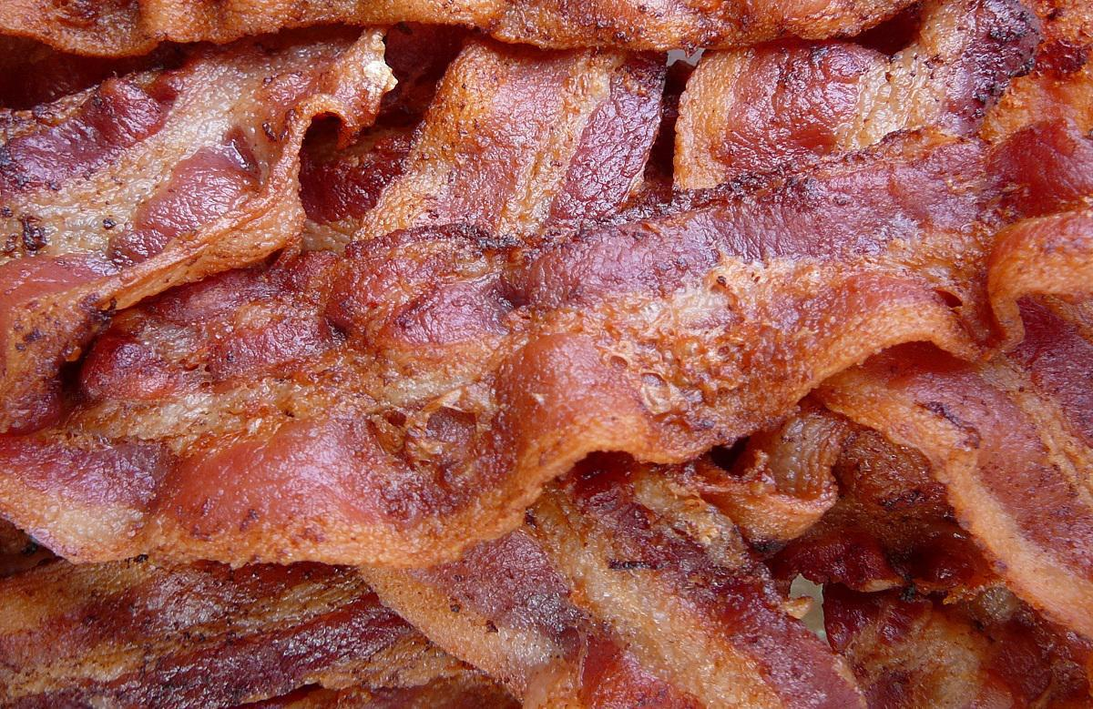 "<p>When stored in the freezer, delicious bacon can be preserved for a month. And although bacon is a tried-and-true breakfast favorite, did you know you've likely been <a href=""https://www.thedailymeal.com/cook/you-ve-been-cooking-bacon-all-wrong?referrer=yahoo&category=beauty_food&include_utm=1&utm_medium=referral&utm_source=yahoo&utm_campaign=feed"">cooking it wrong this entire time</a>? </p>"