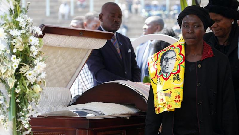 Thousands pay last respects to Mugabe, amid uncertainty over burial place