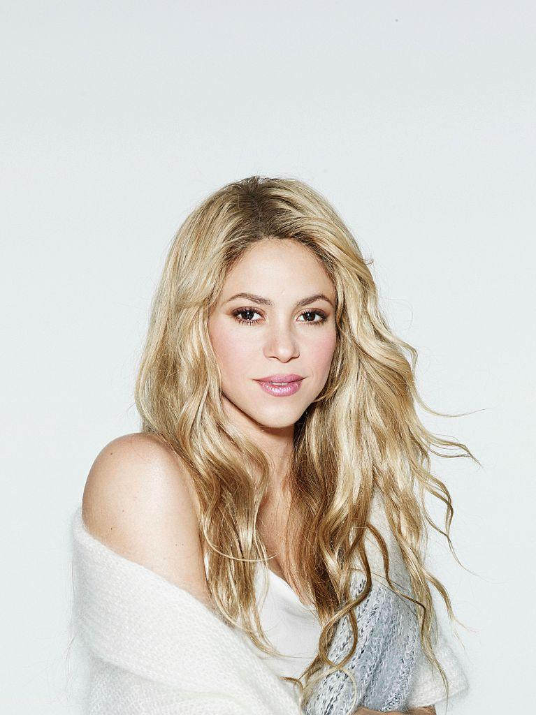 Shakira has curls for days. (Photo: Getty)