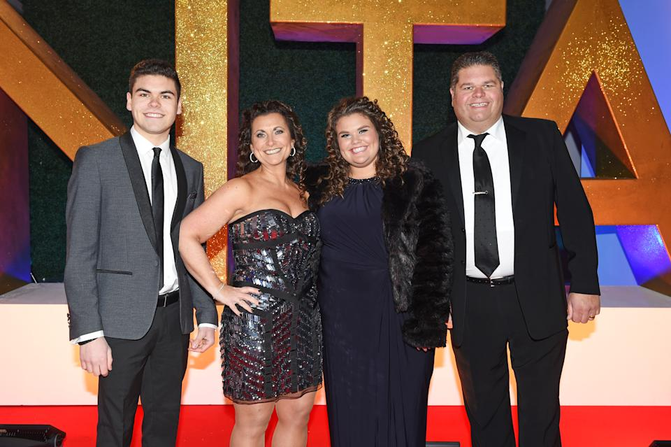 Josh Tapper, Nikki Tapper, Amy Tapper and Jonathan Tapper of Gogglebox attend the National Television Awards on January 25, 2017 in London, United Kingdom.  (Photo by David M. Benett/Dave Benett/Getty Images )