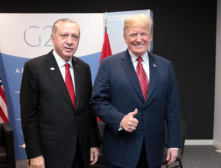 Turkish President Recep Tayyip Erdogan, left, meets with President Trump at the G20 Leaders' Summit in Buenos Aires, Argentina, Dec. 1, 2018. (Photo: Anadolu Agency/Getty Images)