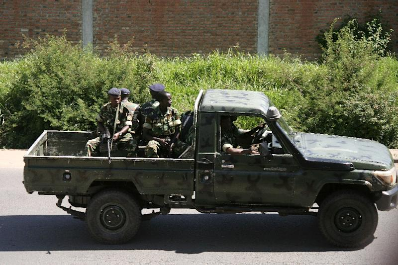 Military personnel patrol the Musaga neighbourhood of Bujumbura, Burundi on December 11, 2015 (AFP Photo/)