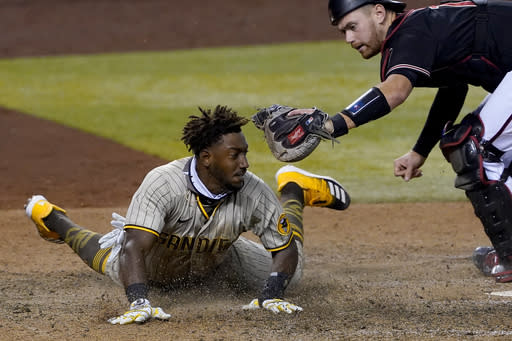 D-backs beat Padres 7-6, nail runner at plate for final out