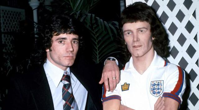 <p>King Kev looks miffed with his waxy doppelganger – and rightly so. </p>