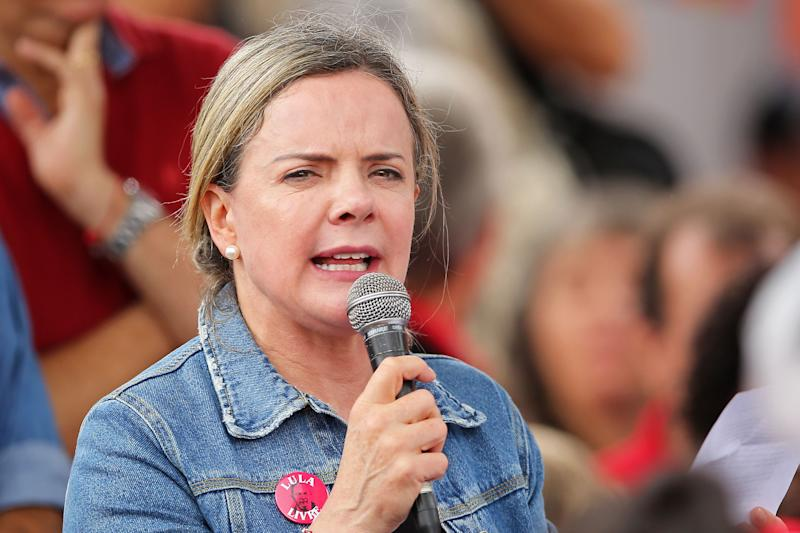 Brazilian Deputy for Parana state and president of the Workers' Party Gleisi Hoffmann speaks to supporters of former President Luiz Inacio Lula da Silva during a demo marking one year after his arrest in Curitiba, Brazil on April 07, 2019. - Lula da Silva is serving a 12-year imprisonment sentence on corruption charges. (Photo by Heuler Andrey / AFP) (Photo credit should read HEULER ANDREY/AFP via Getty Images)