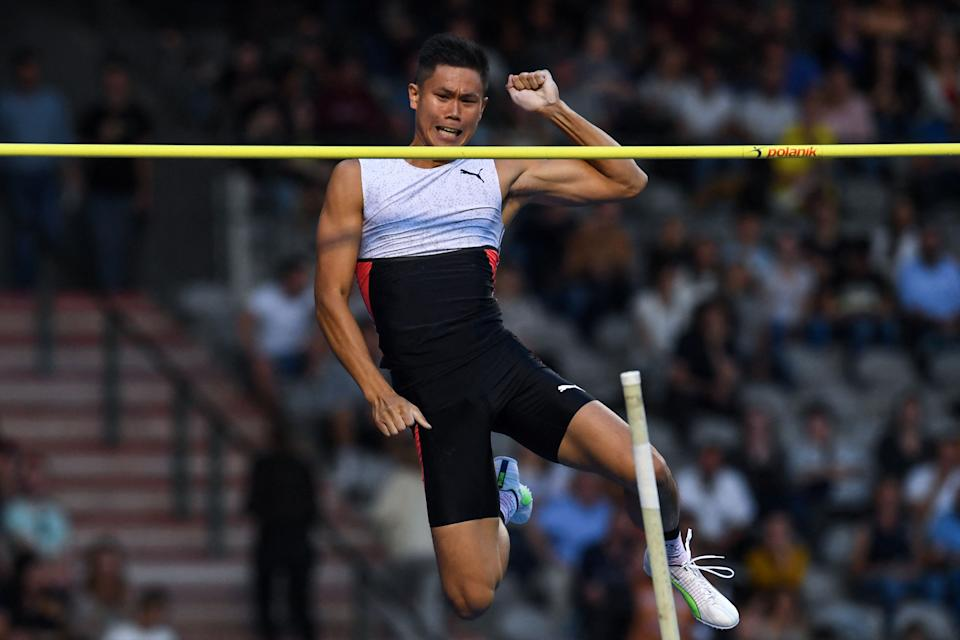 Philippines' Ernest John Obiena competes during the men's pole vault event at The Diamond League AG Memorial Van Damme athletics meeting at The King Baudouin Stadium in Brussels on September 3, 2021. (Photo by JOHN THYS / AFP) (Photo by JOHN THYS/AFP via Getty Images)