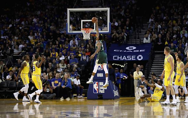 The Bucks dominated the interior throughout their win over the Warriors. (AP Photo)