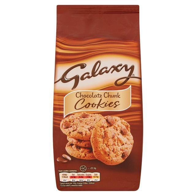 """<p><strong>Overall Score: 91/100 </strong></p><p>Our winner has a pleasantly crunchy and golden-baked appearance, with the perfect amount of soft, moreish chocolate chips. </p><p>The distinct Galaxy chocolate aroma gives the biscuits sweet, caramel notes that come through in the flavour complimenting the creamy, buttery taste of the biscuit.<br></p><p><strong><a class=""""body-btn-link"""" href=""""https://go.redirectingat.com?id=127X1599956&url=https%3A%2F%2Fwww.iceland.co.uk%2Fp%2Fgalaxy-chocolate-chunk-cookies-180g%2F71706.html&sref=https%3A%2F%2Fwww.goodhousekeeping.com%2Fuk%2Ffood%2Ffood-reviews%2Fg32316562%2Fbest-chocolate-chip-cookies%2F"""" target=""""_blank"""">BUY NOW</a> Iceland, £1.49 for 180g </strong></p>"""