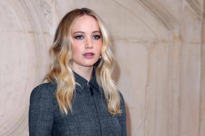 See Jennifer Lawrence S Engagement Ring
