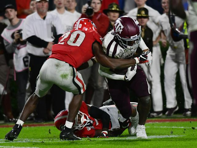 Georgia DB J.R. Reed (20) defends during the game against the Texas A&M Aggies on Saturday.(Photo by Jeffrey Vest/Icon Sportswire via Getty Images)