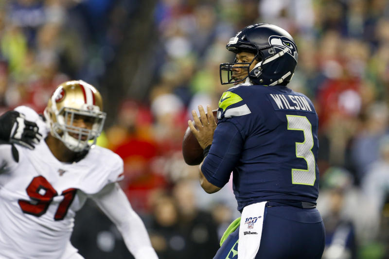 With playoff implications on the line, the Seahawks made a brutal mistake and saw a controversial call go against them. (Joe Nicholson/Reuters)