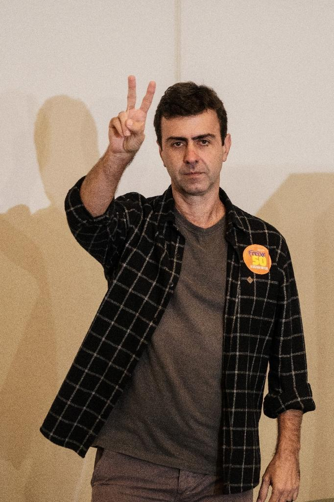 Rio de Janeiro's mayoral candidate, Marcelo Freixo, of the Socialism and Freedom Party on October 2, 2016 (AFP Photo/Yasuyoshi Chiba)