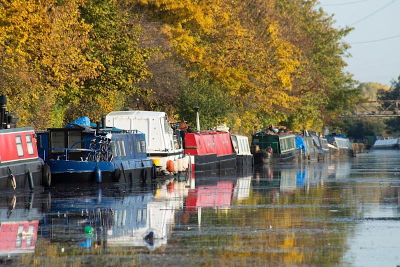 Lots of opportunity for houseboat spotting along the River Lea - getty