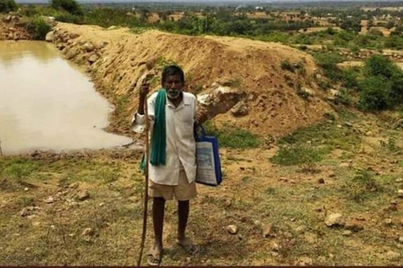 Karnataka's 'Man of Ponds' Rewarded Lifetime Free Bus Services for Digging 16 Ponds