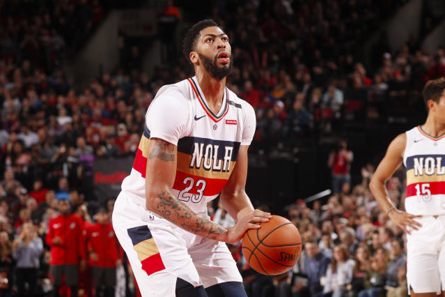 Anthony Davis has a finger fracture, but might actually return sooner than expected. (Getty Images)