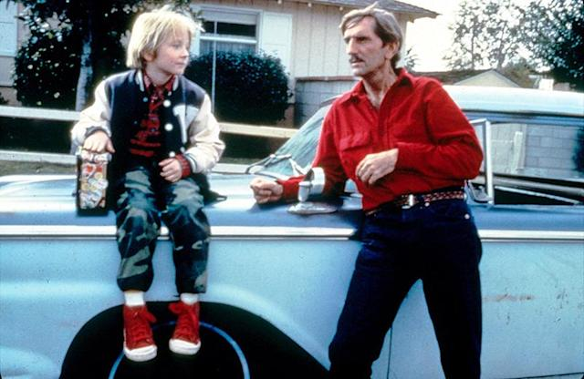 <p>Stanton has one of his few true starring roles in Wim Wenders's eccentric road-trip film as a man who, after a bout of amnesia, reunites with his young son and embarks on a journey to find his long-lost wife.<br><br>(Photo: Mary Evans/Ronald Grant/Everett Collection) </p>