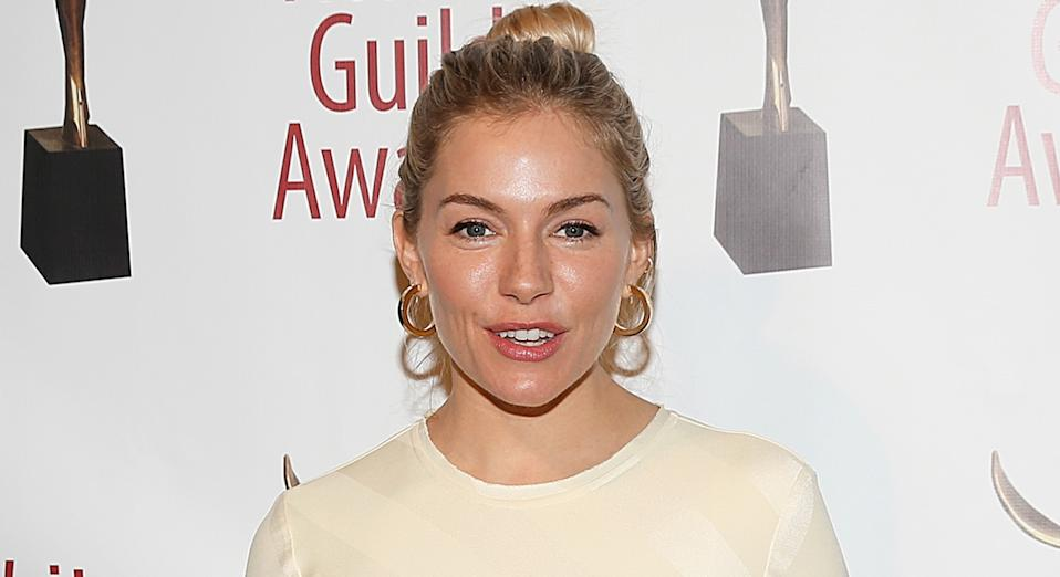 Sienna Miller turns to high street label Mango once again while in New York. (Getty Images)