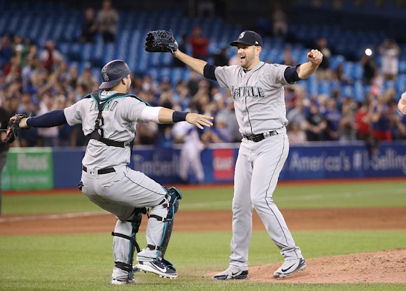 Mariners' Paxton pitches no-hitter against Jays in Toronto