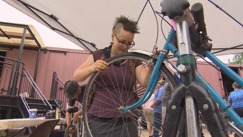 Ciclovia events aim to draw more women in to Winnipeg's bike culture