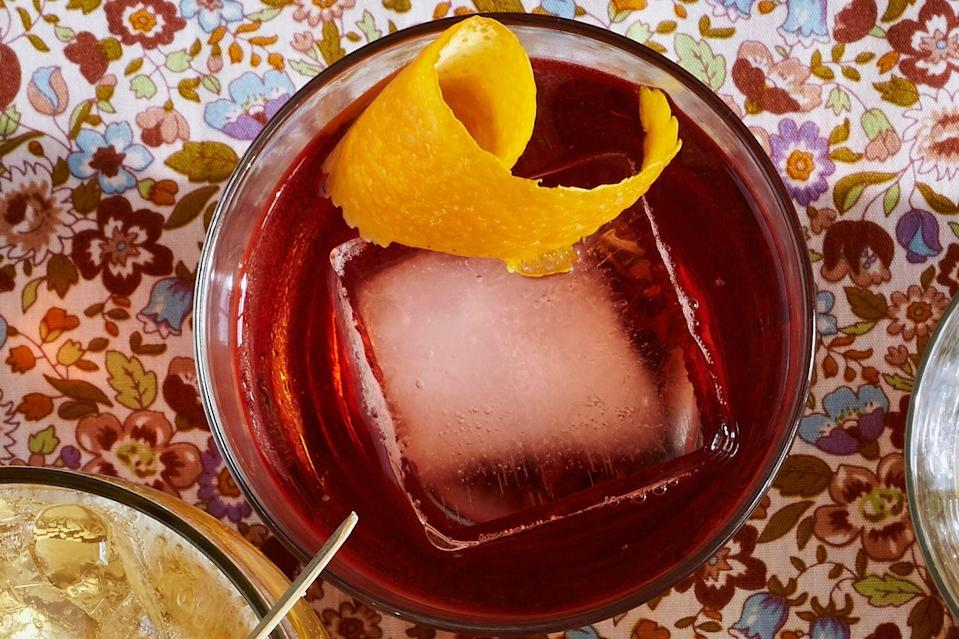 """<p>If your special someone prefers hoisting something a little stronger, you can't beat a Boulevardier. It's easy to make, exceedingly good, and oh, so very pretty.</p><p><strong><a href=""""https://www.countryliving.com/food-drinks/recipes/a36540/bourbon-negroni/"""" rel=""""nofollow noopener"""" target=""""_blank"""" data-ylk=""""slk:Get the recipe"""" class=""""link rapid-noclick-resp"""">Get the recipe</a>.</strong></p><p><strong><a class=""""link rapid-noclick-resp"""" href=""""https://www.amazon.com/Ounce-Cocktail-Shaker-Accessories-Built/dp/B011QONIBG?tag=syn-yahoo-20&ascsubtag=%5Bartid%7C10050.g.30433150%5Bsrc%7Cyahoo-us"""" rel=""""nofollow noopener"""" target=""""_blank"""" data-ylk=""""slk:SHOP BAR TOOLS"""">SHOP BAR TOOLS</a><br></strong></p>"""