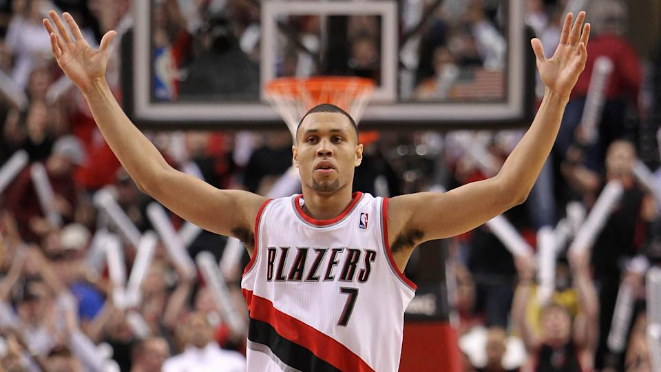 PORTLAND, OR - OCTOBER 26:  Brandon Roy #7 of the Portland Trail Blazers reacts to a shot against the Phoenix Suns on October 26, 2010 at the Rose Garden in Portland, Oregon.