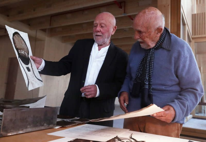 Friendship story between a Belgian Jewish survivor of the Holocaust Gronowski and a Belgian artist Tinel, the son of a Flemish nationalist and Nazi sympathiser, in Brussels