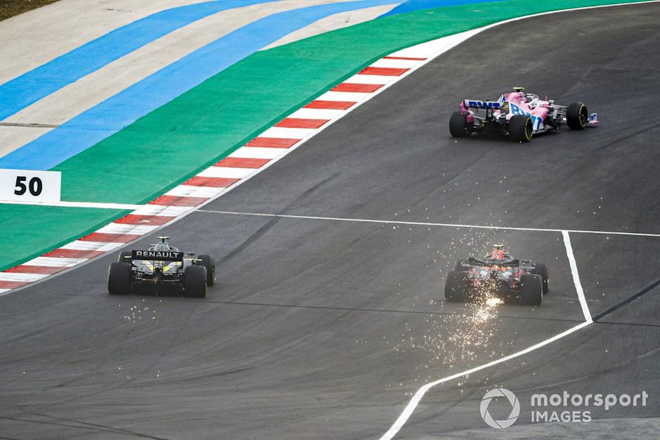 "Lance Stroll, Racing Point RP20, Alex Albon, Red Bull Racing RB16, Esteban Ocon, Renault F1 Team R.S.20<span class=""copyright"">Glenn Dunbar / Motorsport Images</span>"