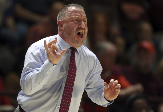 "<a class=""link rapid-noclick-resp"" href=""/ncaaf/players/246859/"" data-ylk=""slk:Buzz Williams"">Buzz Williams</a> had no patience for the profanity of the Virginia Tech student section on Monday. (AP)"