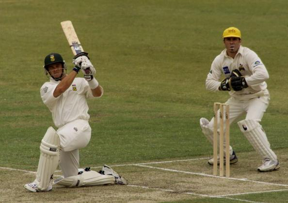 7 Dec 2001:  Mark Boucher of South Africa hits out, during day one of the four day tour match between Western Australia and South Africa, played at The WACA, Perth, Australia. DIGITAL IMAGE. Mandatory Credit: Hamish Blair/ALLSPORT