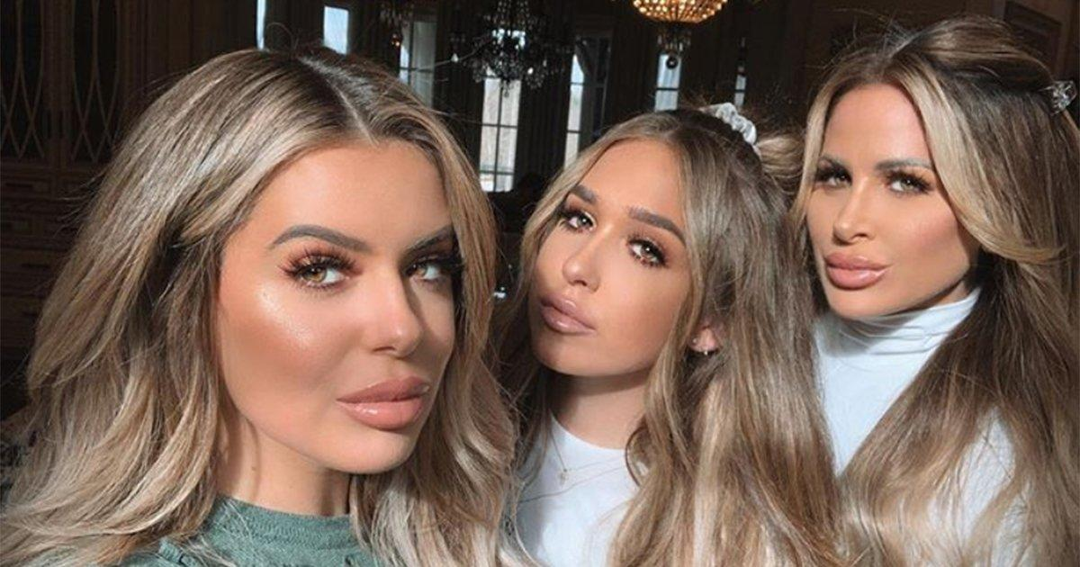Brielle Biermann Jokes She Gets '3 for 1 Special' at Surgeon with Mom & Sister