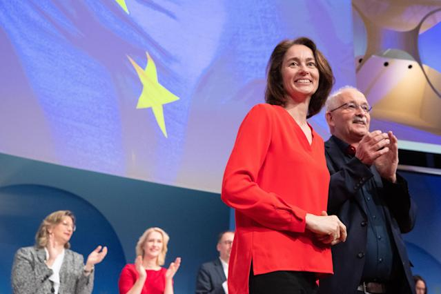 HYJ00. Berlin (Germany), 23/03/2019.- Minister of Justice and Consumer Protection and the candidate for the European elections of the Social Democratic Party (SPD) Katarina Barley (L) and Udo Bullmann (R) walk on the stage during the Party Convention for the European elections campaign at the BCC - Berlin Congress Center in Berlin, Germany, 23 March 2019. The main topic of the party convention is the SPD elections program for the European elections on 26 May. (Elecciones, Alemania) EFE/EPA/HAYOUNG JEON