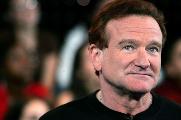 PHOTO: Robin Williams appears onstage during MTV's Total Request Live at the MTV Times Square Studios, April 27, 2006, in New York City. (Peter Kramer/Getty Images, FILE)
