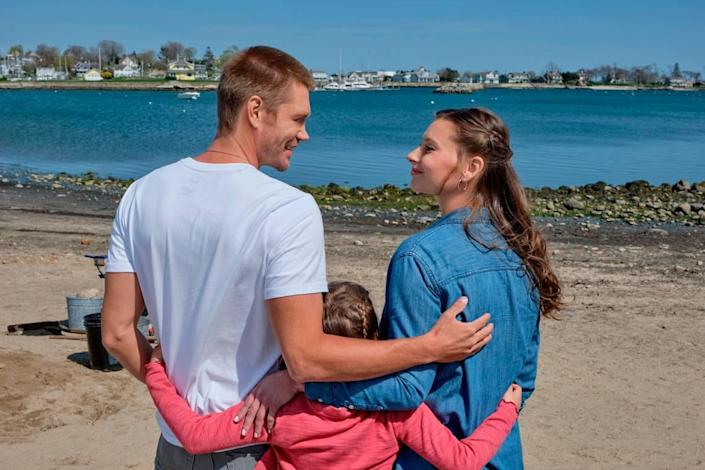 """(L-R): Chad Michael Murray, Lily Jane Chachula and Aly Michalka in the Hallmark movie """"Sand Dollar Cove."""""""