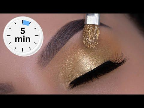 """<p>This step-by-step tutorial shows you just how to get a golden glow for the holidays. Tip: Apply shimmery shadow before glitter for a good base. </p><p><a class=""""link rapid-noclick-resp"""" href=""""https://www.amazon.com/Bernecy-Glitter-Eyeshadow-Palette-Pigmented/dp/B07RGX55DP/?tag=syn-yahoo-20&ascsubtag=%5Bartid%7C10050.g.34534998%5Bsrc%7Cyahoo-us"""" rel=""""nofollow noopener"""" target=""""_blank"""" data-ylk=""""slk:SHOP GOLD GLITTER EYESHADOW PALETTES"""">SHOP GOLD GLITTER EYESHADOW PALETTES</a></p><p><a href=""""https://www.youtube.com/watch?v=3NQcJIJKsSs"""" rel=""""nofollow noopener"""" target=""""_blank"""" data-ylk=""""slk:See the original post on Youtube"""" class=""""link rapid-noclick-resp"""">See the original post on Youtube</a></p>"""