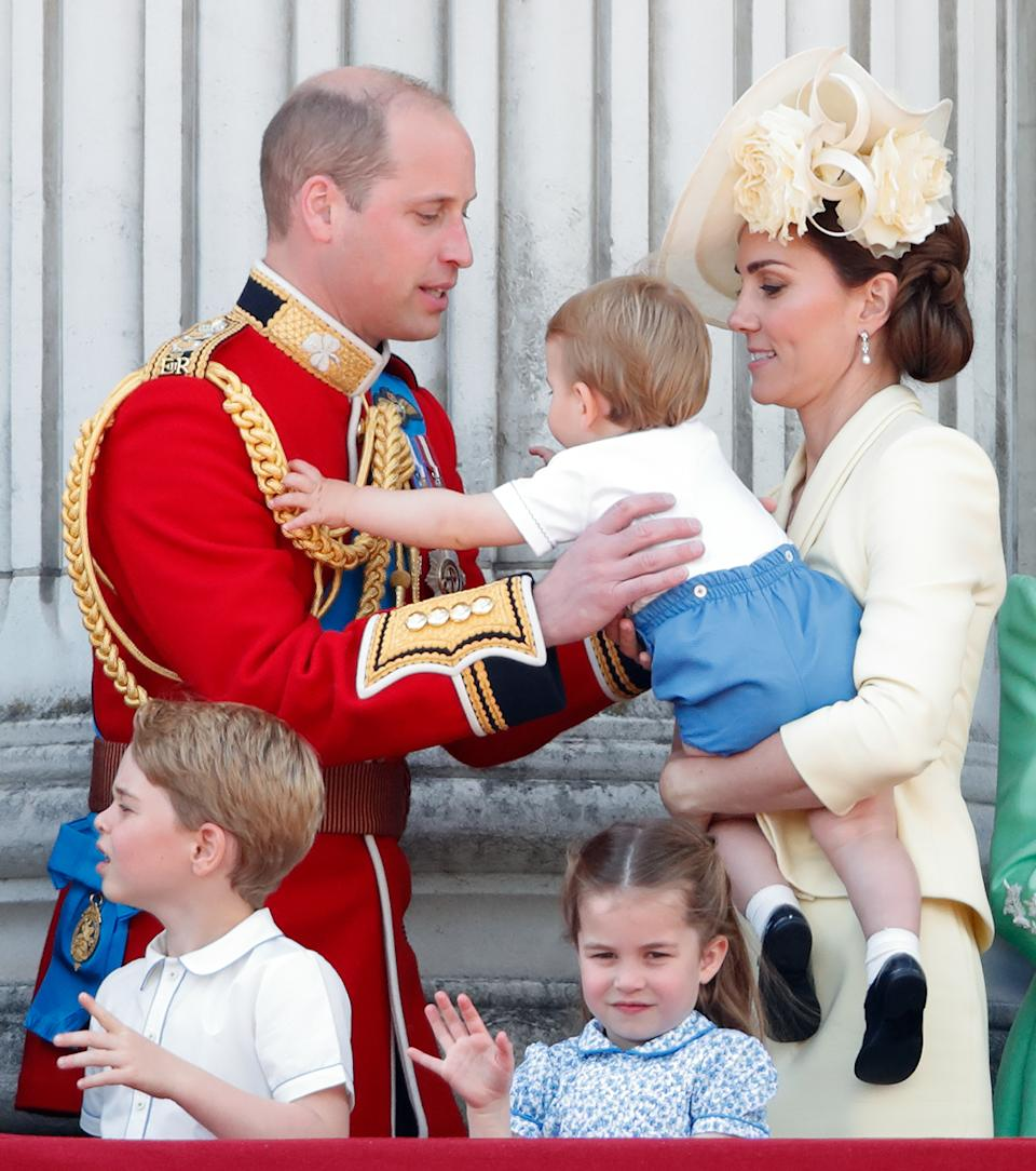 LONDON, UNITED KINGDOM - JUNE 08: (EMBARGOED FOR PUBLICATION IN UK NEWSPAPERS UNTIL 24 HOURS AFTER CREATE DATE AND TIME) Prince William, Duke of Cambridge, Catherine, Duchess of Cambridge, Prince Louis of Cambridge, Prince George of Cambridge and Princess Charlotte of Cambridge on the balcony of Buckingham Palace during Trooping The Colour, the Queen's annual birthday parade, on June 8, 2019 in London, England. The annual ceremony involving over 1400 guardsmen and cavalry, is believed to have first been performed during the reign of King Charles II. The parade marks the official birthday of the Sovereign, although the Queen's actual birthday is on April 21st. (Photo by Max Mumby/Indigo/Getty Images)