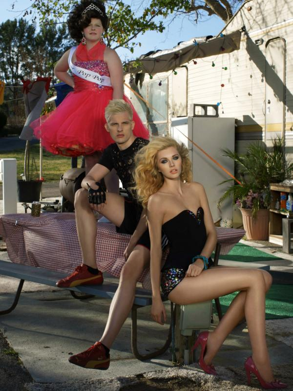 "Chris H. and Jourdan in the ""America's Next Top Model"" Cycle 20 episode, ""The Girl Who Went Around in Circles."""