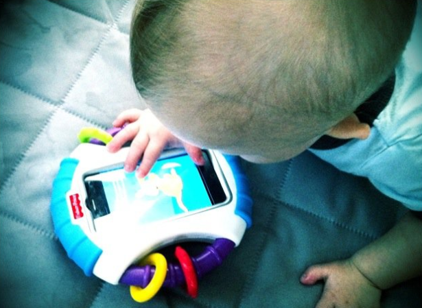 Children born in the past few years will be the first generation with lifelong exposure to cell phone radiation. (Photo via Mobilize)