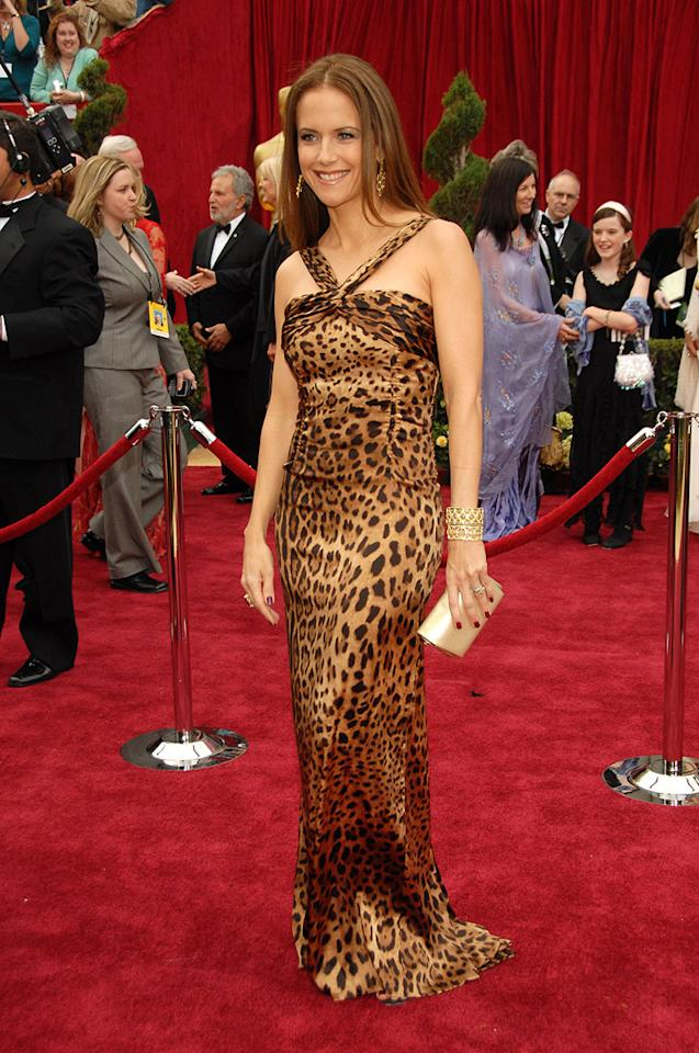 WORST: Kelly Preston at the 79th Annual Academy Awards - 02/25/2007
