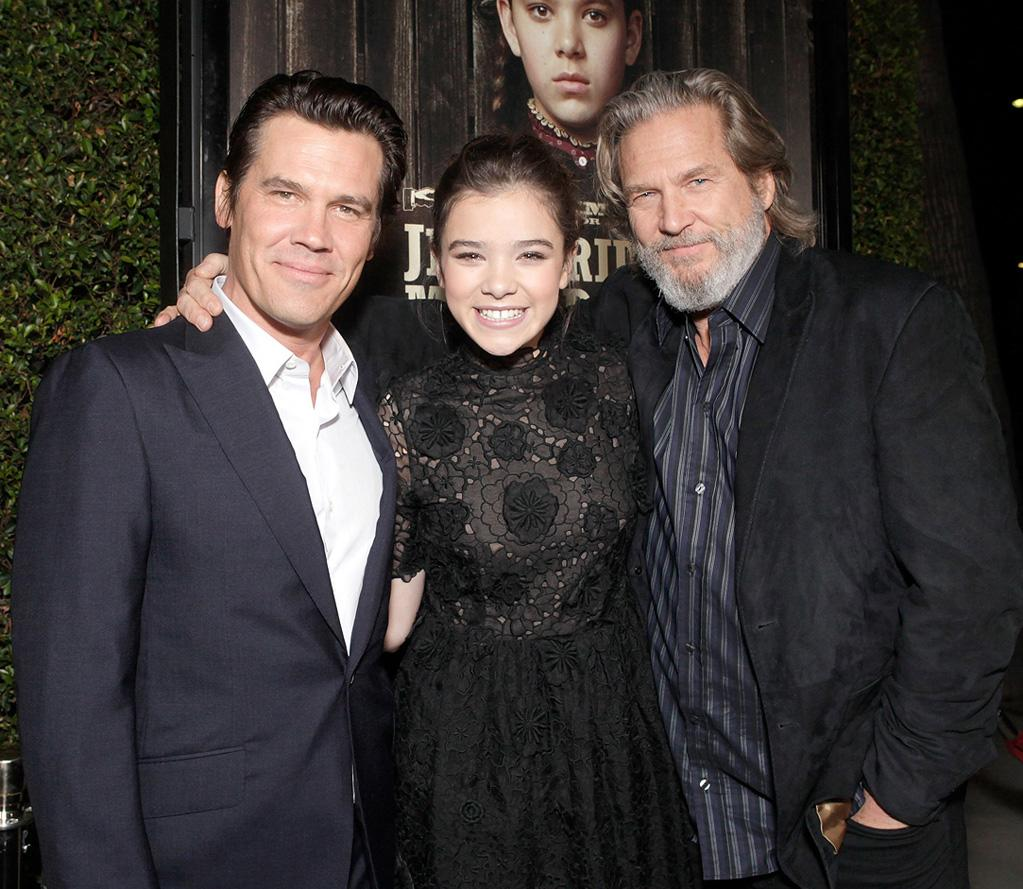 """<a href=""""http://movies.yahoo.com/movie/contributor/1800019611"""">Josh Brolin</a>, <a href=""""http://movies.yahoo.com/movie/contributor/1810180267"""">Hailee Steinfeld</a> and <a href=""""http://movies.yahoo.com/movie/contributor/1800011634"""">Jeff Bridges</a> attend the Los Angeles screening of <a href=""""http://movies.yahoo.com/movie/1810153253/info"""">True Grit</a> on December 9, 2010."""