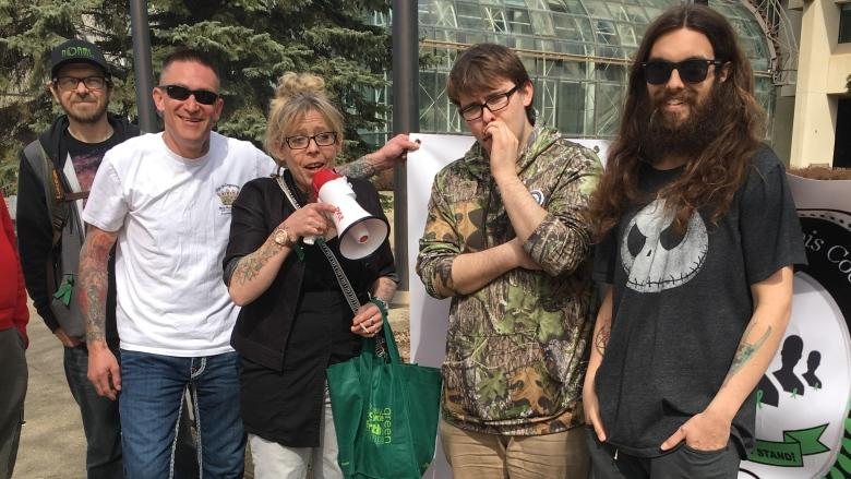 Pot users in Edmonton 420 rally protest possession charges