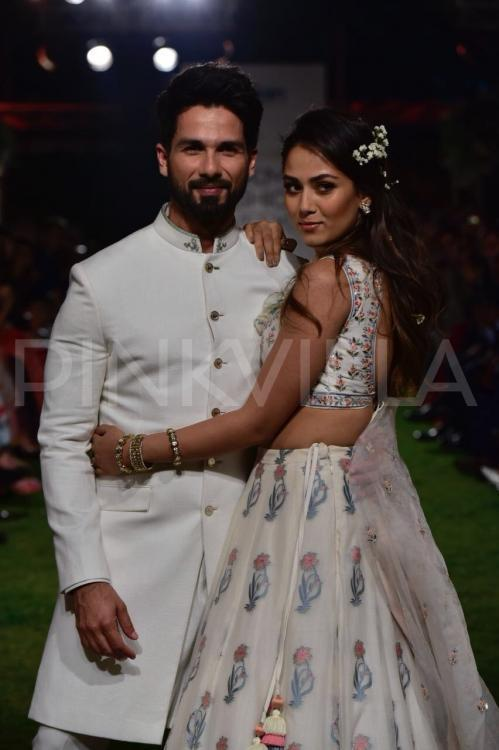 """<p>Recommended Read:<a rel=""""nofollow"""" href=""""https://www.pinkvilla.com/entertainment/news/shahid-kapoor-mira-hugged-me-and-said-i-am-proud-you-after-watching-padmaavat-396930#utm_source=yahoo&utm_medium=referral&utm_content=yahoomovies""""> Shahid Kapoor: Mira hugged me and said 'I am proud of you' after watching Padmaavat </a></p><p>Shahid Kapoor kept it simple as he donned a white sherwani whereas Mira looked breathtakingly beautiful in a printed white lehenga. Her make-up and stylish hair-do accentuated her look. They definitely gave us style goals. This was the first ramp walk for Mira who has earlier supported designers she loves but has never turned showstopper.</p><p>Well, Mira definitely slayed on the ramp, as did her beau Shahid. Mira and Shahid impressed us with their shenanigans and were clicked having a light moment on the ramp.</p><p>Check out the photos!</p>"""